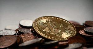 В Госдуме предложили ограничить продажу биткоинов на руки
