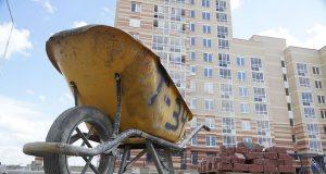 На обман дольщиков дали три года. Путин поручил отказаться от долевого строительства за три года