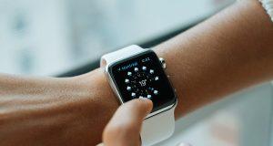 Зачем страховщики дарят Apple Watch застрахованным и как это поможет медицинскому страхованию?