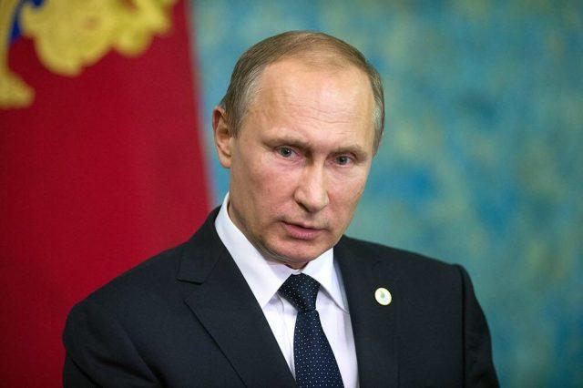 Путин предложил россиянам вернуть деньги из офшоров