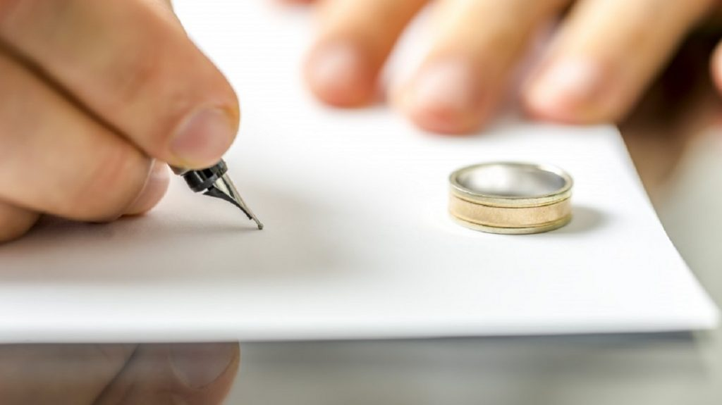 Алименты и брак