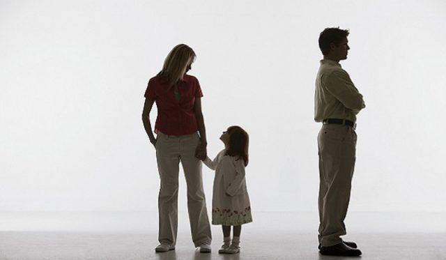 Оспаривание отцовства в делах о взыскании алиментов