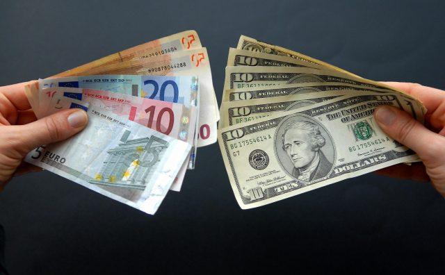 Экономисты определили время для выгодной покупки валюты