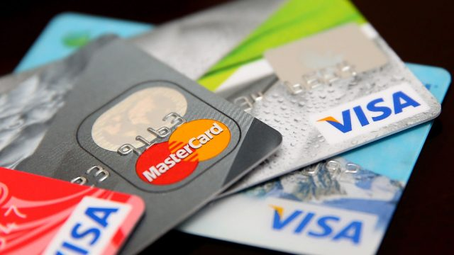 Visa и Mastercard упростят переводы денег для россиян