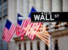 Россия резко сократила инвестиции в ценные бумаги США