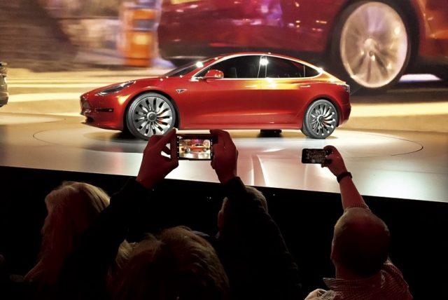 Эксперт: у Tesla серьезные проблемы с долгами