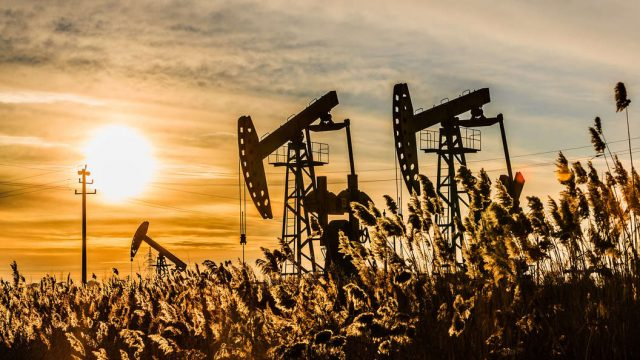 Госдума приняла в первом чтении законопроект об НДД для нефтяной отрасли