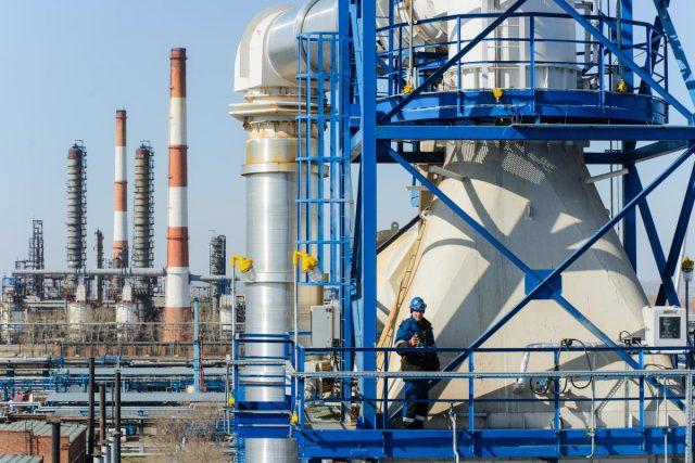 ФАС настаивает на увеличении производства и поставки бензина на внутренний рынок
