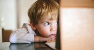 ВЦИОМ: алкоголизм и наркомания — главные проблемы детей