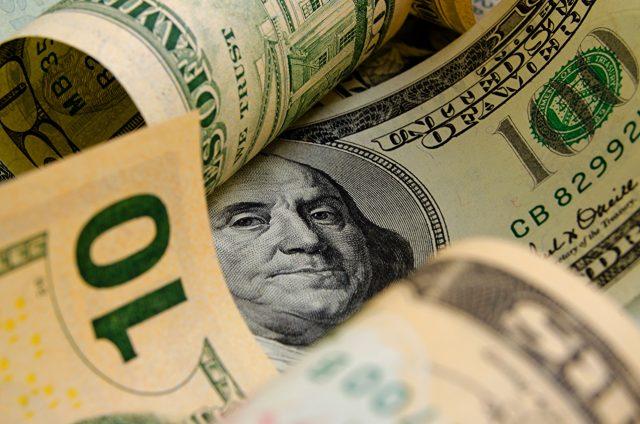 Всемирный банк: процесс дедолларизации в мире запущен и не обратим