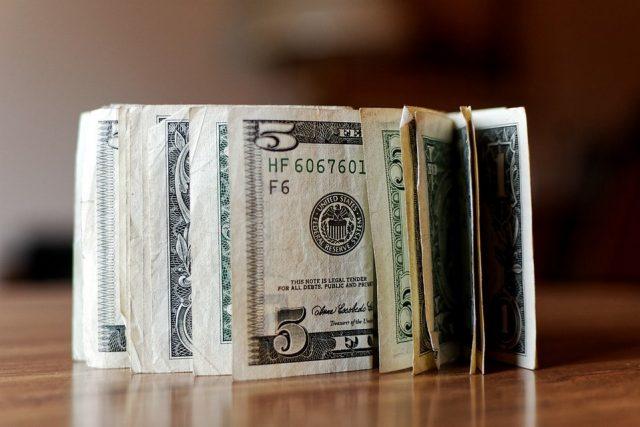 Минфин: валютный контроль вреден для российской экономики
