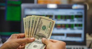 Российские фонды утроили привлечение средств