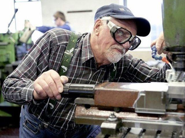 Пенсионерская доля: более 60 процентов работодателей задействует сотрудников пенсионного возраста