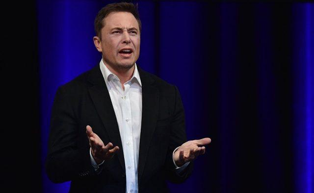 Акции Tesla упали на 12% после обвинений Илона Маска в мошенничестве