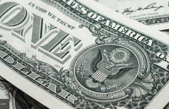 WSJ: Россия смогла сократить роль доллара в своей экономике