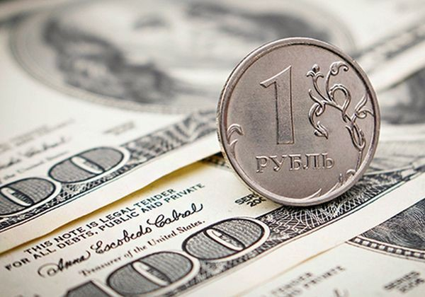 Владимир Путин: В России обеспечен стабильный курс рубля