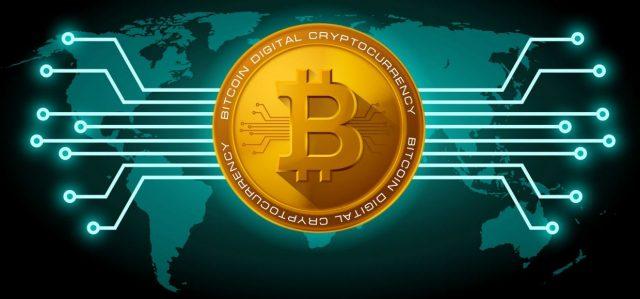 Стоимость биткоина на крупнейшей криптовалютной бирже Binance снизилась во вторник утром на 10%, при этом аналитики называют это