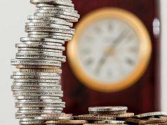 С 1 апреля повышаются социальные пенсии
