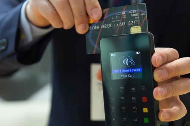 Берегите ваши карты. Visa увеличила лимит платежей без ПИН-кода