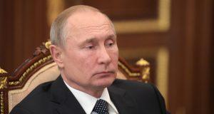 Путин поручил кабмину до 1 июля обеспечить принятие закона о защите капиталовложений