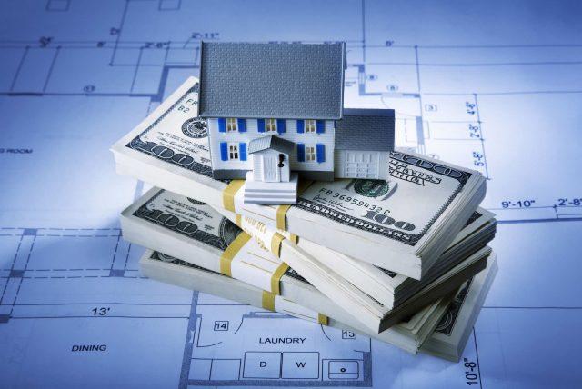 В каких случаях пользуются имущественным вычетом: - при приобретении жилья - при продаже жилья