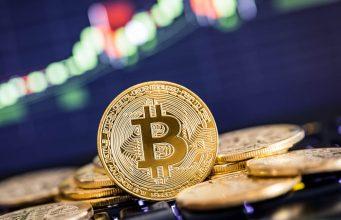 Цена биткоина подскочила на 10% на изменении настроений рынка и приходе крупных игроков