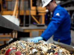 Медведев поручил усовершенствовать установление нормативов коммунальных отходов