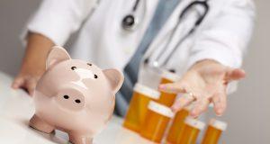 Госдума приняла закон о регулировании цен на лекарства