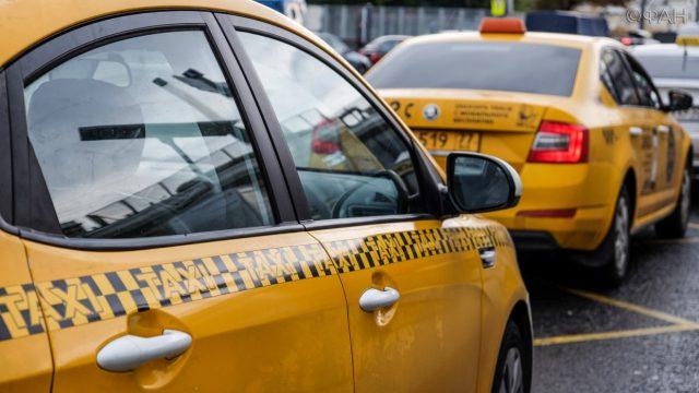 В Госдуме рассказали о новых ограничениях для таксистов