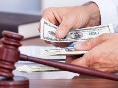 С дипломами каких вузов юристы получают самые высокие зарплаты