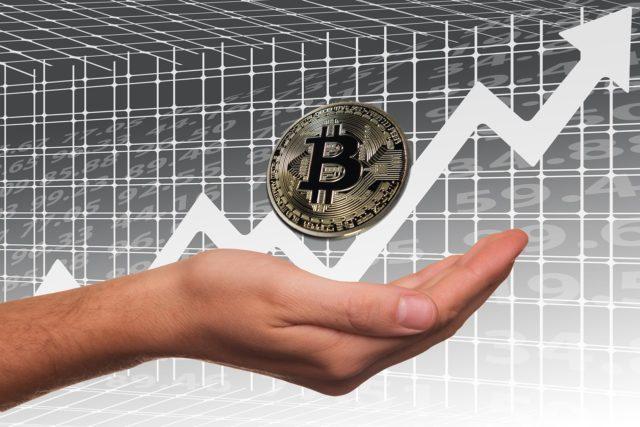 Аналитик Bloomberg прогнозирует рост курса биткоина до 60 тысяч долларов