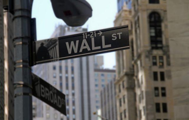 Мировые фондовые рынки закрылись под давлением «медведей»