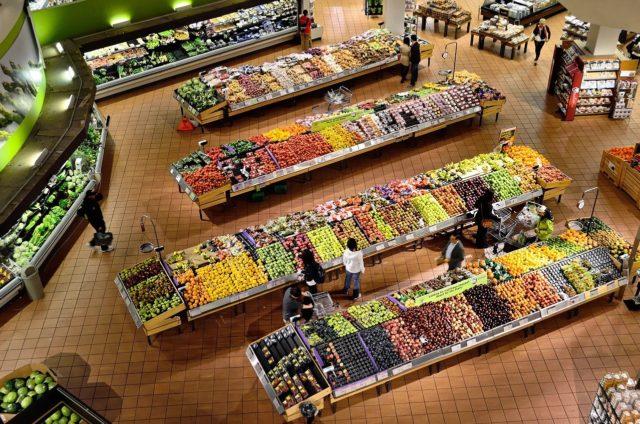 Продовольственные продукты в России снизятся на фоне глобального падения цен