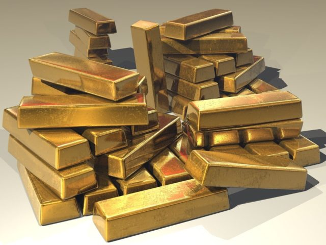 Данные по безработице в США подтолкнули цены на золото вверх